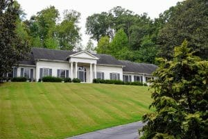Whitewater-Creek-real-estate-Chattahoochee-Buckhead-Atlanta-Georgia-Neighborhood